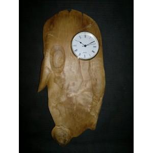 Reloj de pared en madera de castaño
